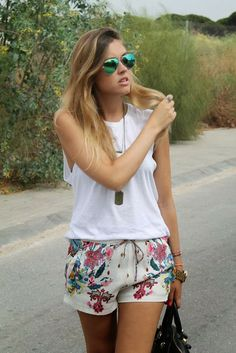 mural fashion: shortinho estampado e vitrine de compras