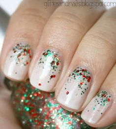Christmas Holly | 11 Holiday Nail Art Designs Too Pretty To Pass Up