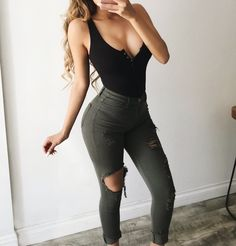Best Outfit Styles For Women - Fashion Trends Mode Outfits, Night Outfits, Jean Outfits, Fall Outfits, Summer Outfits, Club Outfits Jeans, Girl Fashion, Fashion Outfits, Womens Fashion