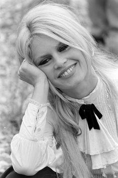 Brigitte filming Shalako in Spain, 1968.