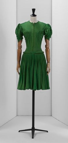 Madame Gres: Printemps-Été 1946
