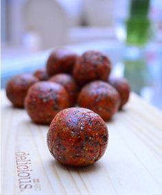 Thermomix Bliss Balls with Goji Berries - a super healthy recipe to make in the Thermomix