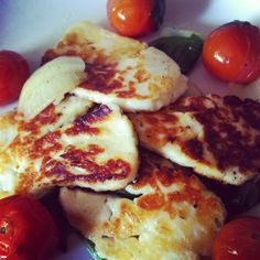 from my kitchen today. Sauteéd halloumi cheese, tomato, spinach, onion, with a splash of olive oil and balsamic vinegar.