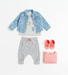 love this whole outfit. clothes size 12-18 month, shoes size 3
