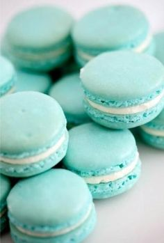 Blue macarons with vanilla filling, perfect to provide as dessert at your candy/dessert bar during your Tiffany & Co themed shower.