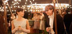 """O filme """"A teoria de tudo"""" -""""The Theory of Everything"""" - que conta a história do físicoStephen Hawking e desua esposa Jane Wilde Hawkingalém de ser pra ládeintenso aindatem uma trilha sonora..."""