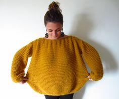 Allez les filles, on se lance avec un pull très simple à tricoter! J'ai totalement craqué sur ce pull du blog CATCAT et j'avoue avoir utilisé son patron.Blog de Cat Cat. Son site regorge de modèles de ce type,...