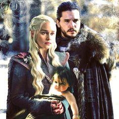 """815 kedvelés, 12 hozzászólás – Jonerys / Jon & Daenerys / GoT (@mother_of_dragons_86) Instagram-hozzászólása: """"#Family #Together 💖😍 have a merry xmas 💖💖💖💖 . . #Jonerys #Jonaerys #GameofThrones #got #gotseason8…"""" Dany And Jon, Jon Snow And Daenerys, Game Of Throne Daenerys, Khaleesi, Daenerys Targaryen, Game Of Thornes, Kit And Emilia, Hbo Got, John Snow"""