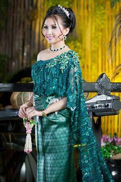 khmer wedding costume Drape Dress Pattern, Khmer Wedding, Wedding Costumes, Draped Dress, Cambodia, Wedding Dress, Sari, Dresses, Fashion
