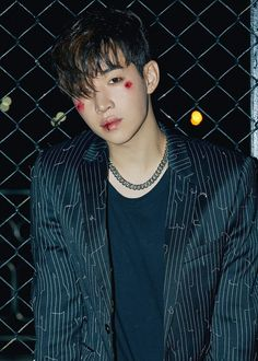 "Courageous 'Henry' Bucks A Tradition In ""Monster"" MVs Siwon, Leeteuk, Heechul, Henry Lau, Super Junior, Under The Shadow, Last Man Standing, Korean Actors, Korean Idols"
