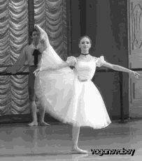 GIF Anastasia Lukina performing in 'Paquita' and 'Konservatoriet' (Conservatory) during the Vaganova Ballet Academy's graduation performance.