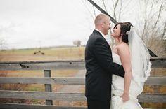 little log house hastings wedding photography   Jody Savage Photography
