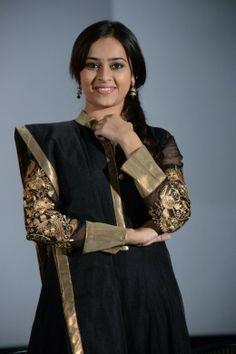 cute Sri Divya