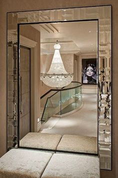 Гостиная, холл в цветах: серый, светло-серый, коричневый, бежевый. Гостиная, холл в стиле арт-деко.