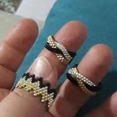 Miyuki Rings🤗 # Eliminator # Eyes # Miyuki # Beads # Rings # Miy - My Recommendations Beaded Necklace Patterns, Beaded Bracelets Tutorial, Beaded Jewelry Designs, Seed Bead Bracelets, Seed Bead Jewelry, Bead Jewellery, Handmade Jewelry, Making Bracelets, Jewelry Making