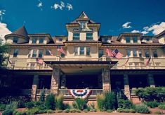Cliff House in Manatou Springs Cliff House, Colorado Springs, Mansions, House Styles, Home Decor, Decoration Home, Manor Houses, Room Decor, Villas