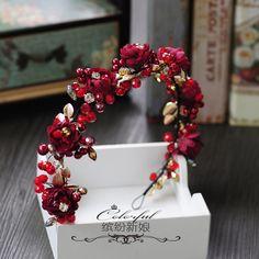 Flower Hair Accessories, Wedding Accessories, Vintage Hair Accessories, Red Flowers, Flowers In Hair, Wedding Tiaras, Wedding Bride, Wedding Dresses, Bridal Crown