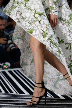 Giambattista Valli Fall 2015 Couture #details #shoes