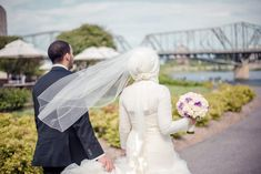 Tips on how to style your hijab on your wedding day for the perfect hijabi bridal look. Easy and simple tips to make sure your hijab looks perfect on your wedding. White Gowns, White Dress, Wedding Hijab, Wedding Dresses, Muslim Brides, Bridal Looks, On Your Wedding Day, Veil, Hair Styles