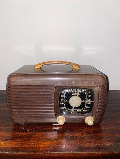 Deco Blue, Antique Radio, Antiquities, Radios, Connection, Restoration, Strength, Objects, Art Deco