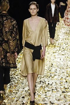 Dries Van Noten | Fall 2006 Ready-to-Wear Collection | Style.com