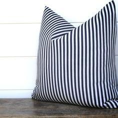Crisp Navy Stripe | JuxtaPosition