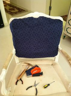 Little Green Notebook: How to Reupholster a Chair, Part 3: Stapling
