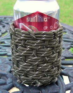 Stormdrane's Blog: Adding Paracord to Water Bottles and another Paracord Can Koozie(!!)