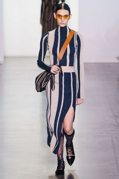 Self-Portrait Fall 2019 Ready-to-Wear Collection - Vogue  #fashion #runway #fall2019 #rtw19 #selfportrait