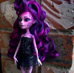 Wisteria OOAK custom Monster High Operetta by Lady Spoon Art @lady.spoon.art and Denisa Medrano @denisa.medrano