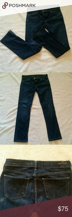 """Citizens of Humanity jeans Citizens of Humanity Ava jeans. 28"""" waist. I bought them and wasn't able to wear them much due to losing weight post pregnancy. They are in near perfect condition. Make an offer!!! Citizens of Humanity Jeans"""