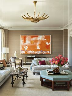 A painting by Helen Frankenthaler anchors the living room of a Park Avenue apartment whose interiors were conceived by decorator Steven Gambrel and architect Gary Brewer of Robert A. Chic Living Room, Formal Living Rooms, Living Room Decor, Living Spaces, Small Living, Park Avenue Apartment, New York Apartments, Design Salon, Gambrel