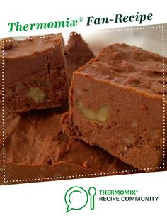 Recipe LCHF CHOCOLATE WALNUT KETO FUDGE by Aussie Thermomixer, learn to make this recipe easily in your kitchen machine and discover other Thermomix recipes in Desserts & sweets. Diet Desserts, Keto Snacks, Lchf, Keto Fudge, Keto Cookies, Low Carb Recipes, Healthy Recipes, Sweets Recipes, Favorite Recipes