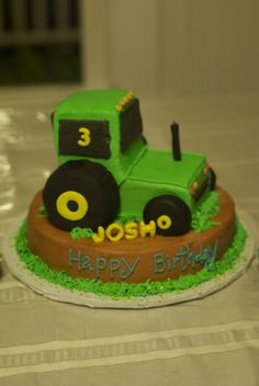 tractor cake images | Country Cupboard Cakes: 3-D Tractor Cake