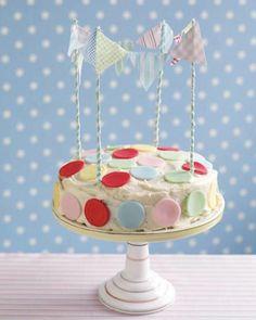 Sweet Paul's DIY Pennant Cake Topper and polka dot cake Pretty Cakes, Cute Cakes, Beautiful Cakes, Cake Icing, Eat Cake, Frosting, Paul Cakes, Cake Cookies, Cupcake Cakes