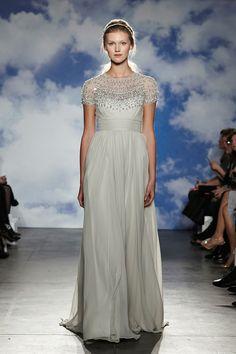 Jenny Packham printemps-été 2015 http://www.vogue.fr/mariage/tendances/diaporama/le-meilleur-de-la-bridal-week-de-new-york/18378/image/994178#!robe-de-mariee-le-defile-bridal-jenny-packham-de-la-collection-printemps-ete-2015