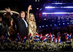 King Willem-Alexander, Queen Máxima and Princess Beatrix attended the Fifth of May Concert. The Photo shows them leaving in a boat on the river Amstel while the public sings Vera Lynn's 'We'll Meet Again'.