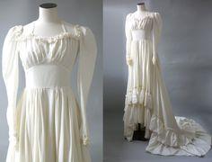 La Reine des mariées, robe de mariage | Ballon des manches et boutonnée dos viscose robe de mariée | des années 1930 par Cubevintage | XS à petit