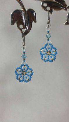 Beaded Flowers Patterns, Beaded Earrings Patterns, Seed Bead Earrings, Flower Earrings, Etsy Earrings, Beaded Bracelets, Ear Jewelry, Jewelery, Seed Bead Flowers