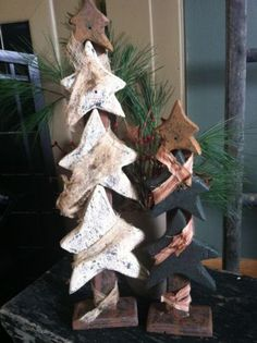 Primitive Star Christmas Tree Large White Small Green