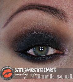 Make-up: Sylwestrowe smoky eye Dark Soul ⋆ Greatdee. Eyeliner, Make Up, Eyes, Dark, Blog, Eye Liner, Makeup, Blogging, Beauty Makeup
