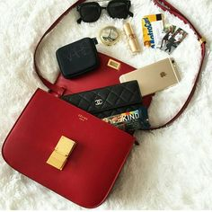 Your online destination for the best cell phone accessories. From stylish phone cases to a sturdy monopod - we got it all! What In My Bag, What's In Your Bag, Celine, Inside My Bag, What's In My Purse, Moda Do Momento, Purse Essentials, Gadgets, Wallet Pattern
