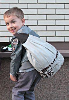 Fat Quarter Project ~ One Strap Bag Tutorial « Sew,Mama,Sew! Blog