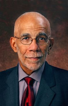 Journalist Ed Bradley  Bradley, the first African American at CBS to be a White House correspondent and a Sunday night anchor, covered a broad array of stories with insight and aplomb during his 39-year career, from war to politics to sensitive portraits of artists. He won virtually every broadcast news award -- some of them more than once.