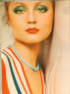 Pretty '70s makeup on Ingrid Boulting. Love that emerald green with her eye color