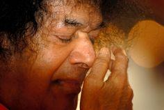 Sathya Sai Baba 1926 - 2011