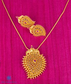 Classy pendant / earrings set handcrafted in Sterling Silver studded with kempu stones and dipped in gold. KO Jewellery brings to you handcrafted gold plated silver temple jewellery. Gold Temple Jewellery, Gold Jewellery Design, Gold Jewelry Simple, Silver Jewelry, Silver Rings, Silver Bracelets, Gold Earrings Designs, Pendant Jewelry, Pendant Set