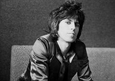 Guitarist Keith Richards of the Rolling Stones during an interview at. The Rolling Stones, Mick Jagger, Rolling Stones Keith Richards, Interview, Portraits, Flirting Memes, Latest Music, I Love Music, Music Music