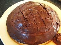 Chocolate seduces, pampers and softens our days and this cake is an excellent example of voluptuous pleasure! #Jaffacake