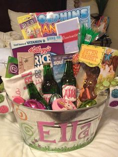 Easter Basket idea/ idea for painting bucket; how cute would it be to include a DIY root beer kit one year Hoppy Easter, Easter Bunny, Easter Eggs, Easter Party, Easter Gift, Holiday Crafts, Holiday Fun, Holiday Ideas, Easter Projects